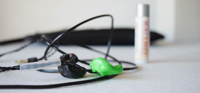 Travel-Essentials-Earbuds2